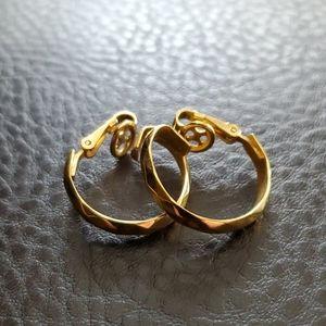 VTG Crown Trifari hoop clip on earrings